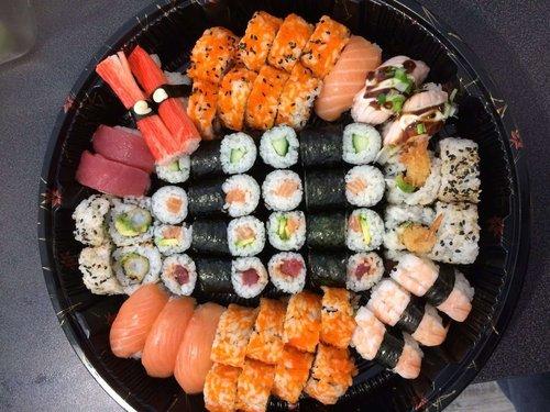 Kampai Sushi Suprise Box 60 stuks
