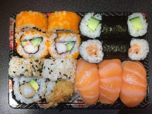 Mixed sushi (1 persoon) 17 stuks